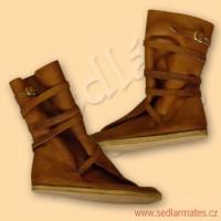 Gotické polovysoké boty (model č. 9020)