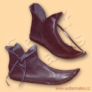 Gotické boty nízké škorně (model č. 1002)