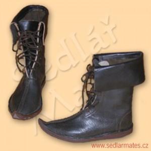 Gotické polovysoké boty (model č. 1005)