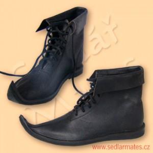 Gotické nízké boty (model č. 1049)