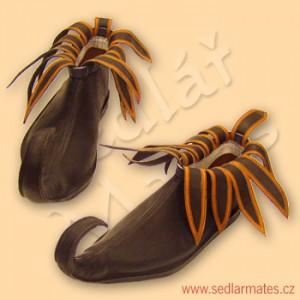 Gotické nízké boty sprodlouženou špičkou (model č. 1061)