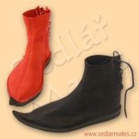 Gotické nízké boty (model č. 1063)