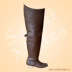 Mušketýrské boty (model č. 3046)