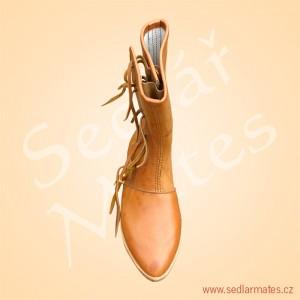 Gotické polovysoké boty (model č. 1120)