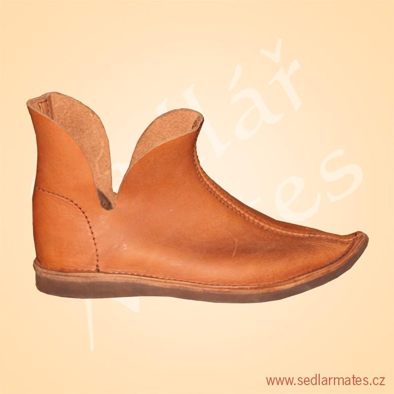 Gotické boty škorně (model č. 1000) 1449915d03