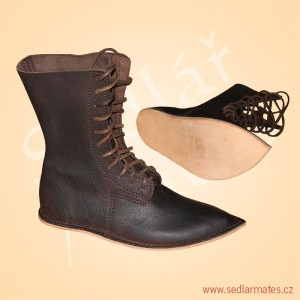 Gotické polovysoké boty (model č. 1006)