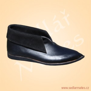 Gotické boty nízké (model č. 1009)