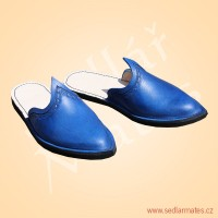 Gotické pantofle (model č. 1029)