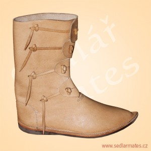 Gotické polovysoké boty Norman (model č. 1045)