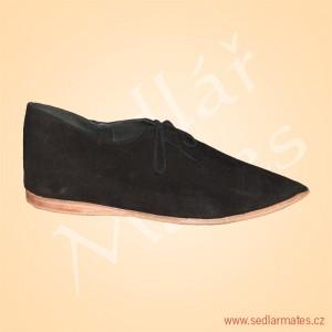 Nízké gotické boty (model č. 1128)