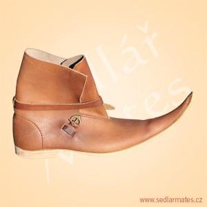 Kotníkové boty s dlouhou špicí (model č. 1133)