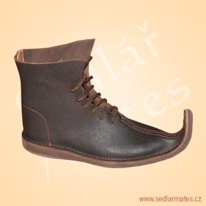 Šněrovací boty s výraznou špičkou (model č. 1134)