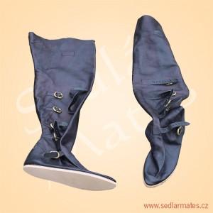 Gotické jezdecké boty (model č. 1140)
