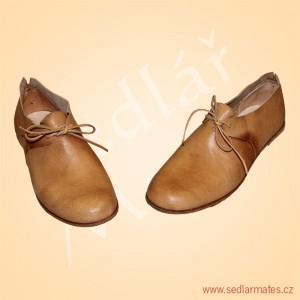 Ručně šité renesanční boty (model č. 9084)