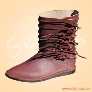 Polovysoké raně gotické boty (model č. 0031)