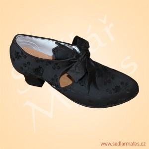 Taneční střevíčky (model č. 3058)