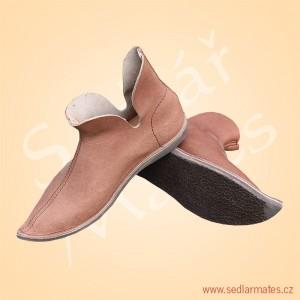 Gotické boty škorně (model č. 1000)
