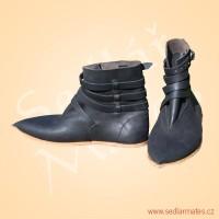 Kotníkové boty na přezku (model č. 1150)