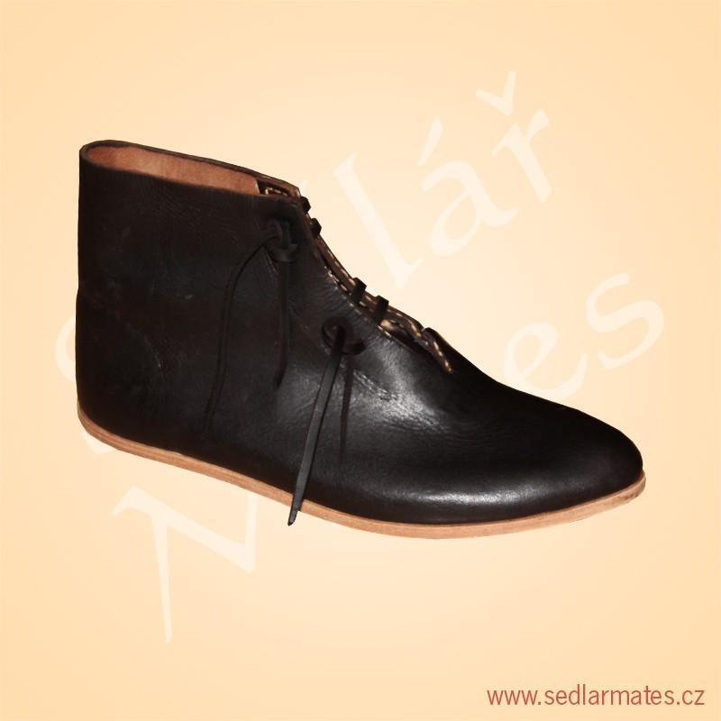 9003)  Nízké gotické boty (model č. 9003) 07979dba8a
