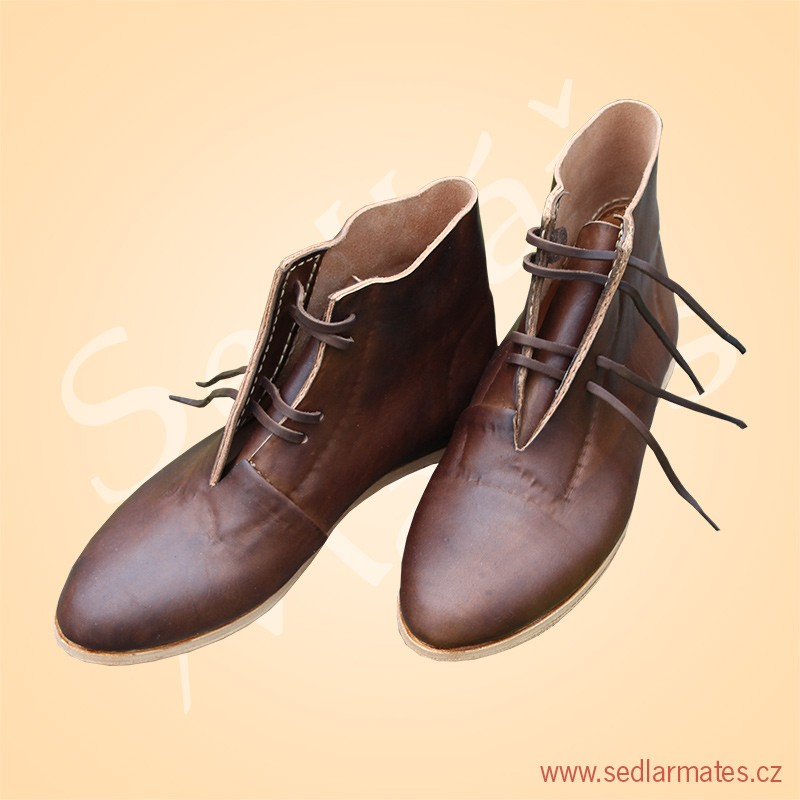 9003)  Nízké gotické boty (model č. 31a8bec8e2