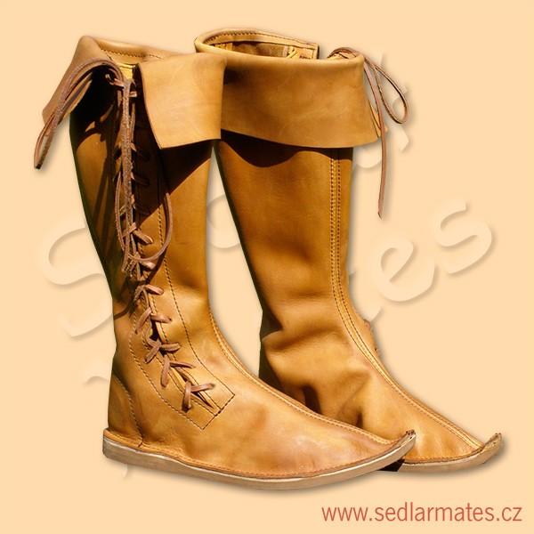 Gotické vysoké boty se šněrováním z boku (model č. 1098) f0aaf96c22