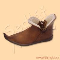 Zimní gotické nízké boty (model č. 1103)