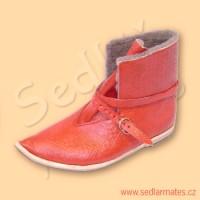 Gotické boty se zvednutou špičkou (model č. 9016)