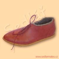Nízké gotické boty s beránkem (model č. 9047)