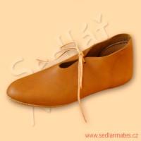 Raně gotické boty (model č. 9048)